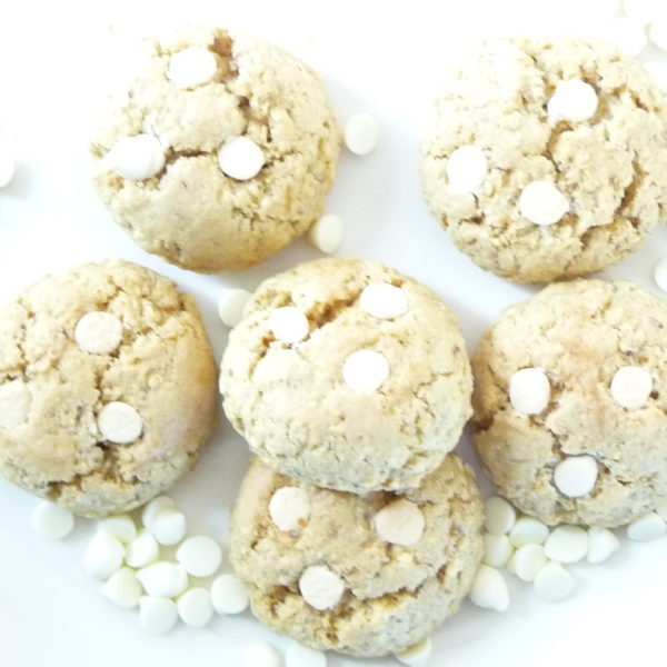 Oatmeal and White Chocolate Chip Cookies